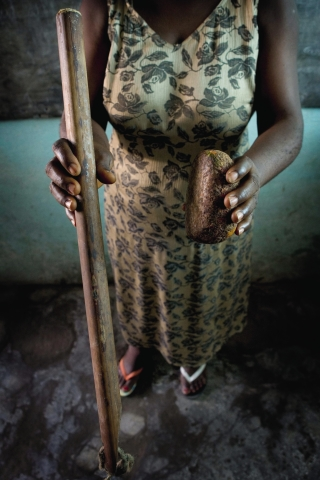Can help breast ironing in cameroon