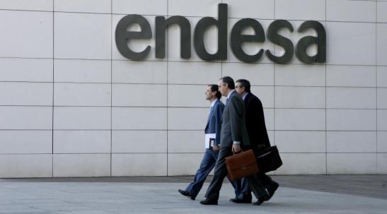 1343. Endesa reparte el miércoles el mayor dividendo de la historia de España, más de 14.600 millones