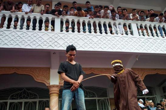 1470. La comunidad LGTB de Aceh (Indonesia), atemorizada tras la aprobación de ley homófoba