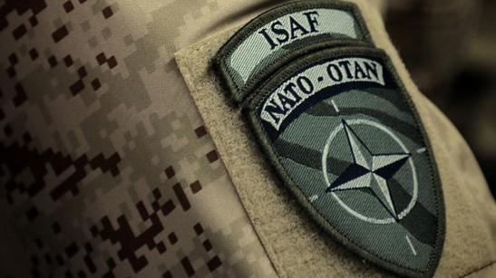 1512. Ucrania - hallan cadáveres con uniforme de la OTAN en el aeropuerto de Donetsk