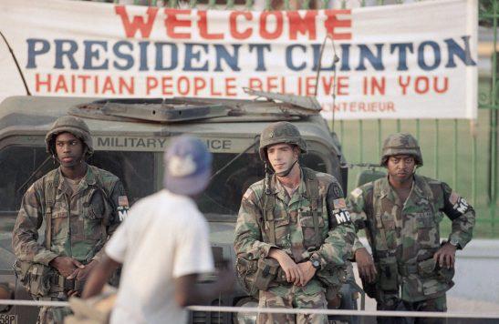 1556. Haïti, cinq ans après le tremblement de terre - reconstruction frauduleuse sous occupation militaire