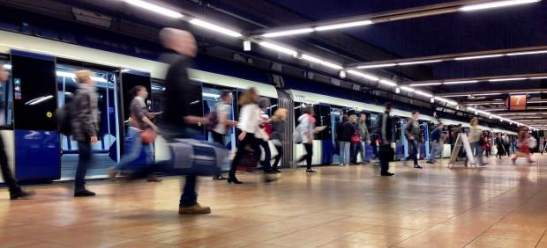 1583. Metro de Madrid investiga un documento interno que pide vigilar a gays y mendigos