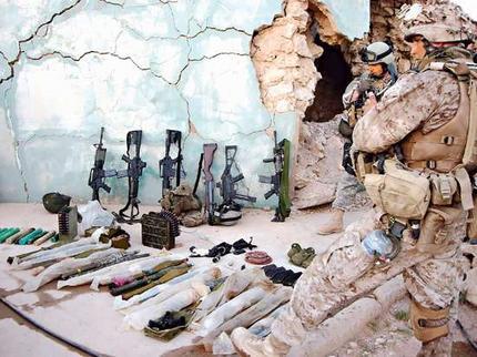 """1662. Yemen - de nuevo las armas de EEUU caen """"accidentalmente"""" en manos de Al-Qaeda"""