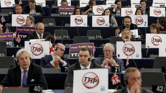 1874. El Parlamento Europeo abre las puertas al Tratado de las élites económicas