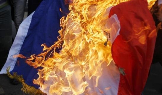 2018. La France prévient qu'elle risque de déroger à la convention européenne des droits de l'Homme